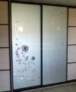Шкафы-купе фото Софиевская и Петропавловская Борщаговка, Киев. 4-х дверный шкаф-купе на заказ, фасад зеркало с рисунком